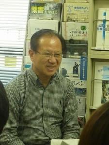 村松先生。
