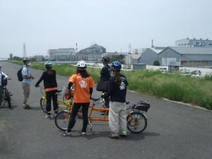 淀川堤防から福の船溜まりの説明